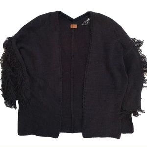 POL   Fringe Knit Cardigan Open Split Sides